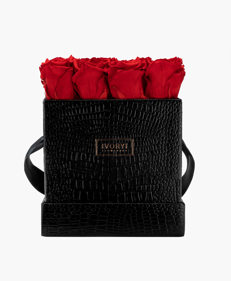 ivoryi-friends-ivoryiflowerbox-infinity-fifth-avenue-edition-large-romantic-red-front-grace