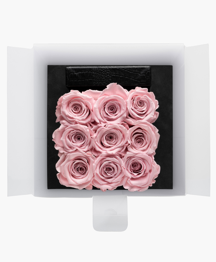 ivoryi-friends-ivoryiflowerbox-infintiy-fifth-avenue-edition-medium-blush-rose-top-grace